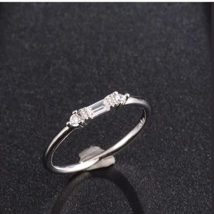 925 silver Dainty White Sapphire Ring